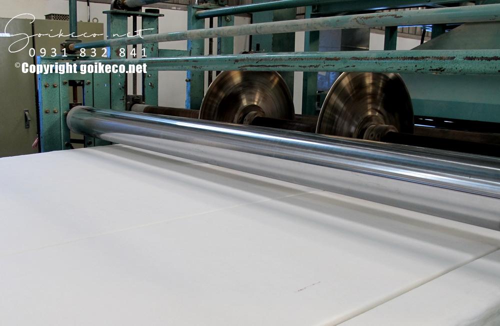 Máy làm ruột gối chất liệu gòn công nghiệp