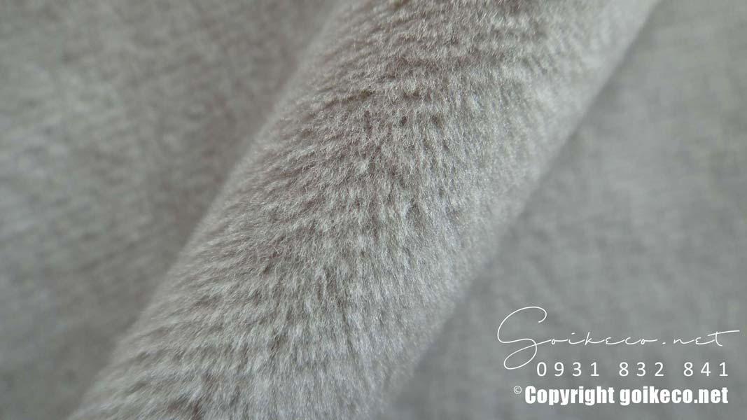 Vải velboa màu xám làm vỏ gối