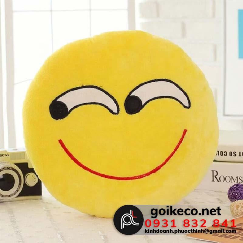 Gối tròn mặt cười